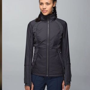 Lululemon black rebel runner wee stripe jacket